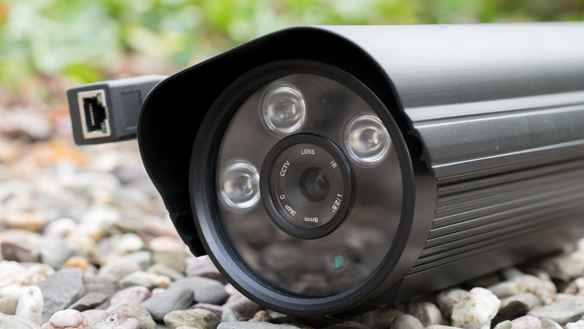 Die INSTAR IN-5907HD PoE Überwachungskamera im Test (Synology ...