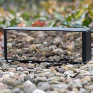 Der ICY BOX IB-SP101-BT Bluetooth Lautsprecher mit eingebautem Radio und Wecker im Test