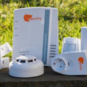 Zubehör für die Smarte Alarmanlage von Egardia, Rauchmelder, Kohlenmonoxidmelder und der Pfiffige Stecker