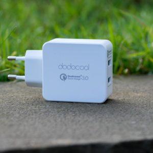 dodocool Dual Port Quick Charge 3.0 Ladegerät im Test