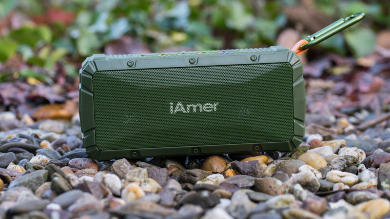 iamer-10w-ipx6-wireless-tragbare-lautsprecher-test-8