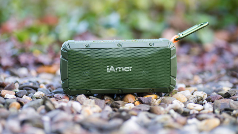 iamer-10w-ipx6-wireless-tragbare-lautsprecher-test-9