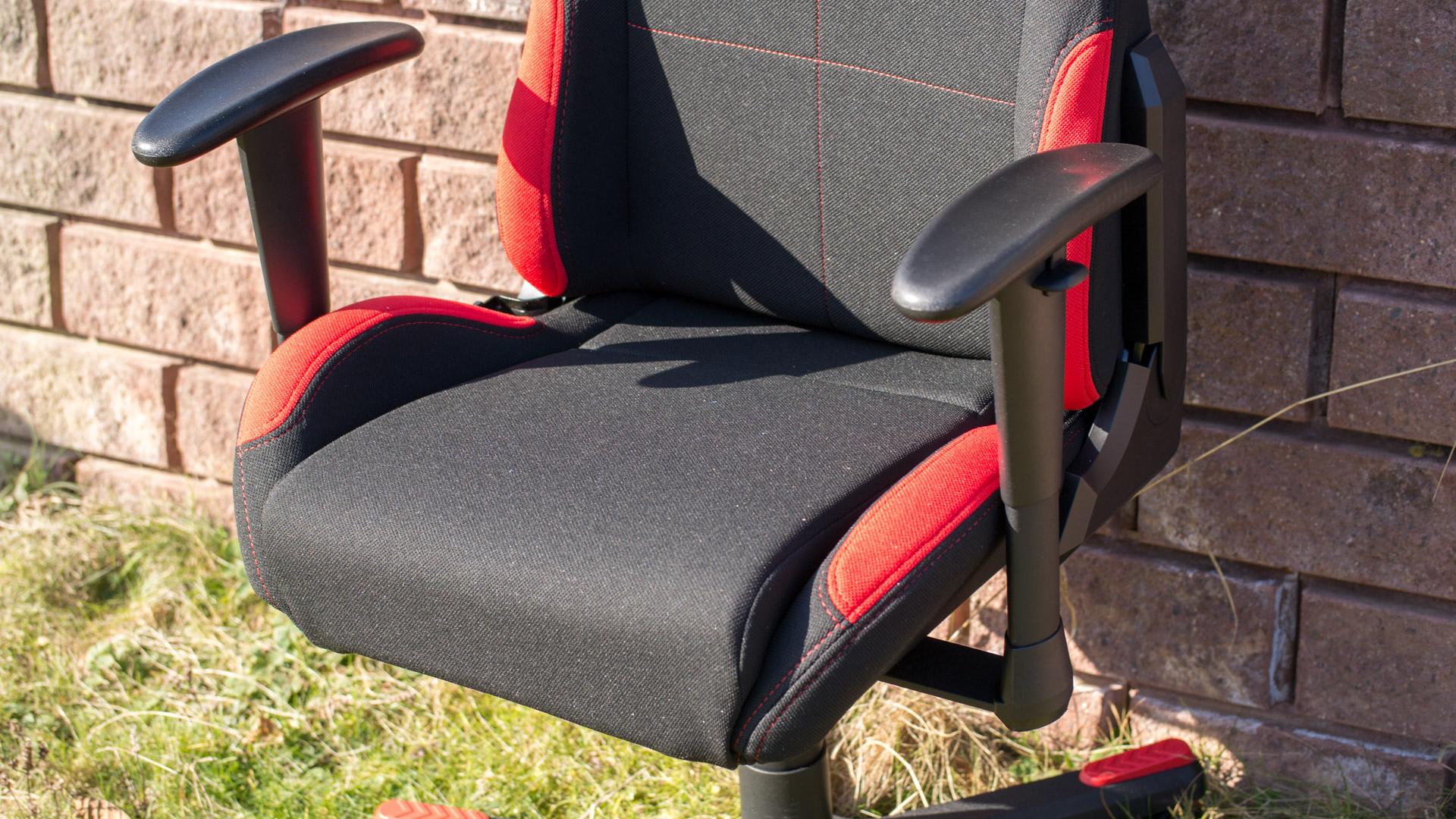 weicher stuhl medium size of stuhl rote ruben rot blauer rietveld gerrit blau weicher. Black Bedroom Furniture Sets. Home Design Ideas