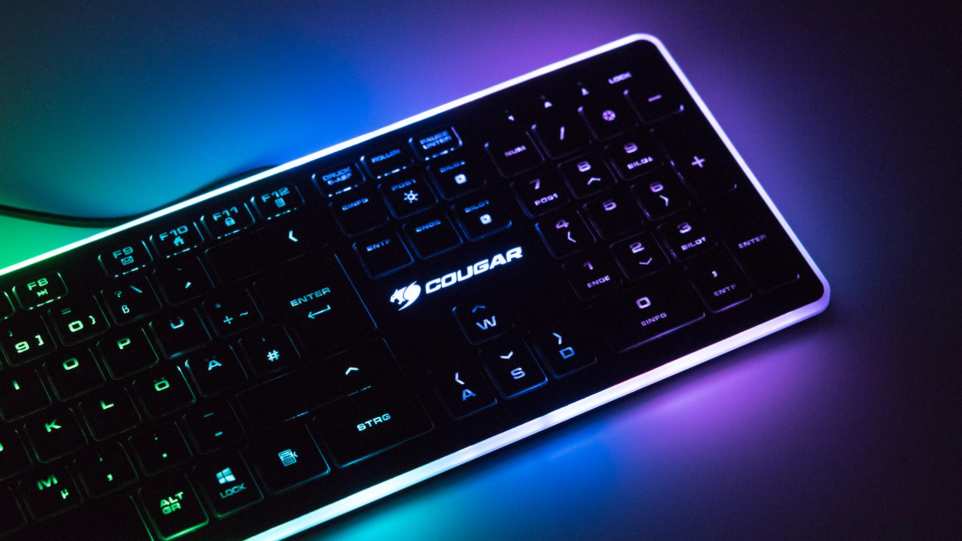 die cougar vantar tastatur im test die rgb led show auf dem schreibtisch f r 35 techtest. Black Bedroom Furniture Sets. Home Design Ideas