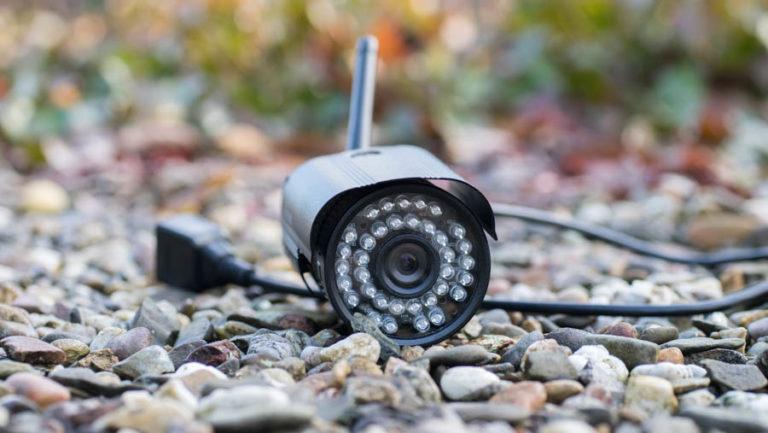 Günstige Outdoor Überwachungskamera aus Asien, die Sricam SP013 im Test, auch für die Synology Surveillance Station geeignet