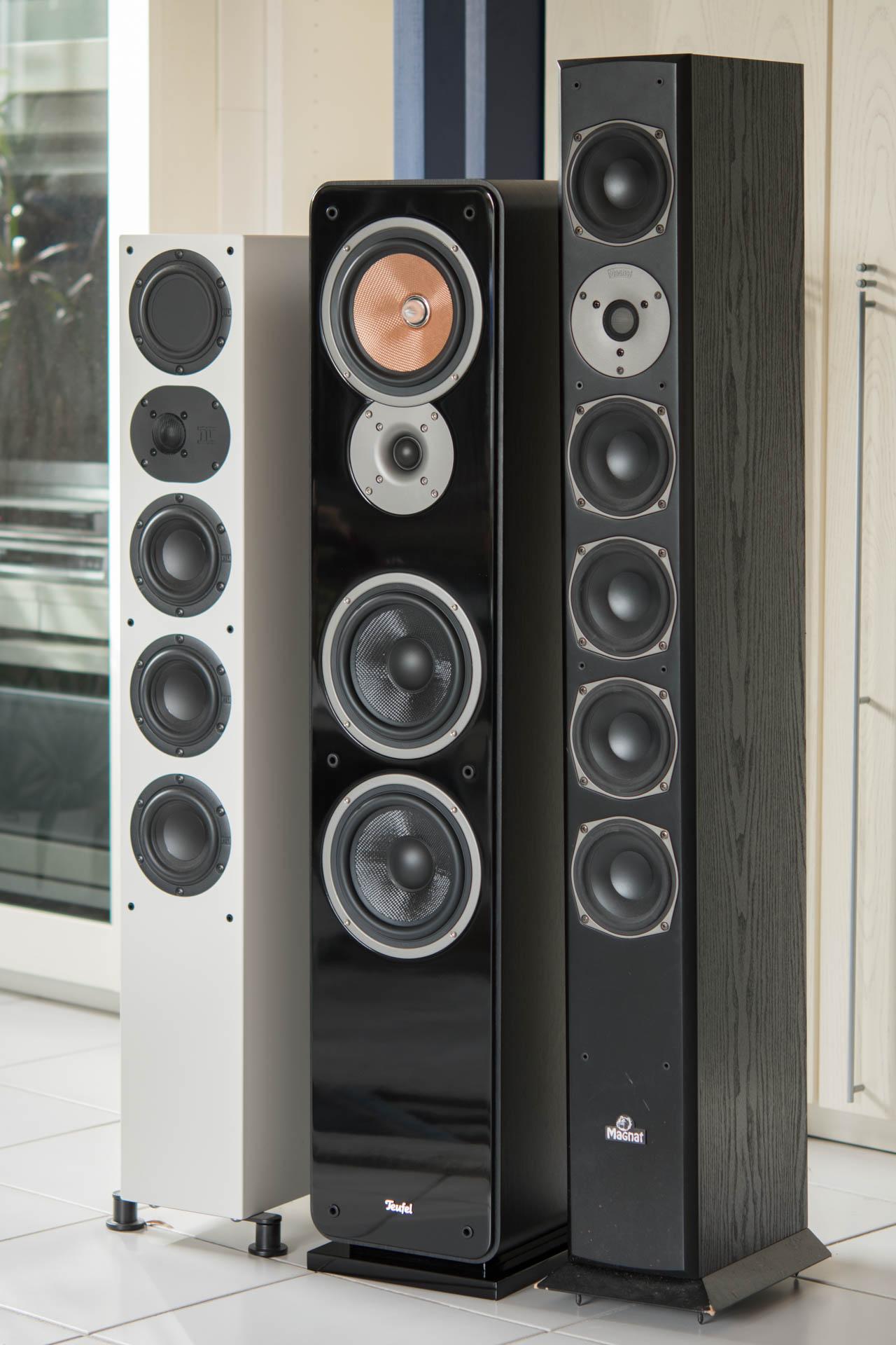 teufel ultima 40 mk2 im test das lautsprecher monster aus. Black Bedroom Furniture Sets. Home Design Ideas