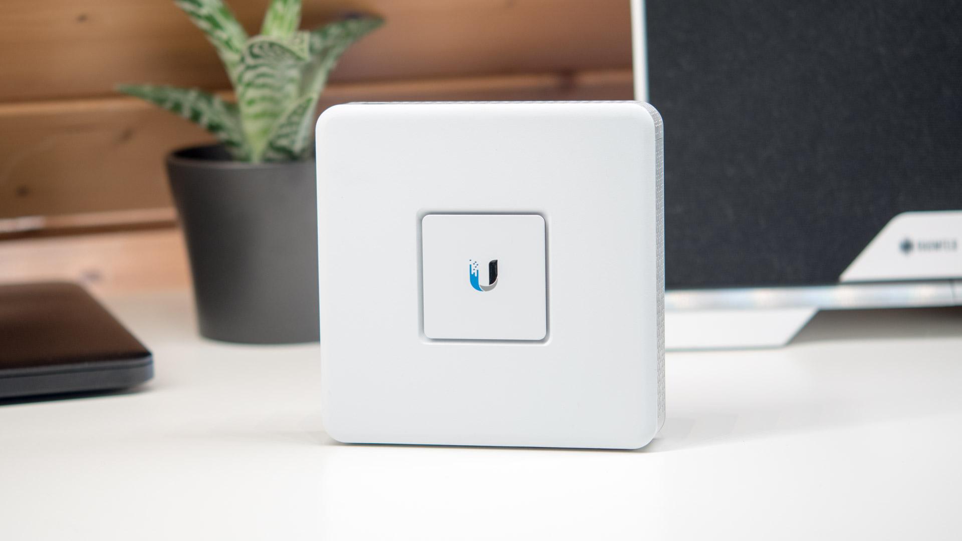 Das Ubiquiti UniFi Security Gateway im Test, die volle