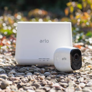 Netgear Arlo Pro Akku betriebene Überwachungskameras im Test
