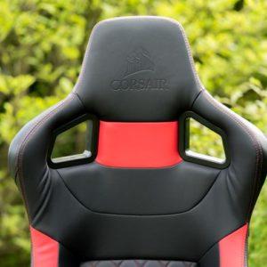 Der Corsair T1 Race Gaming Schreibtischstuhl im Test, ein holpriger Start!?