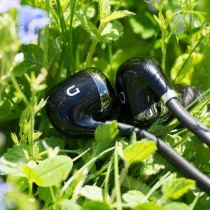 Die DOCKIN D Move Bluetooth Ohrhörer im Test