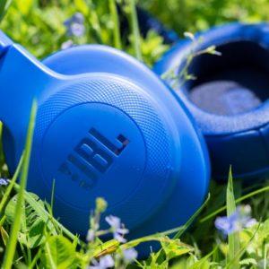 Die JBL E55BT Bluetooth Kopfhörer im Test
