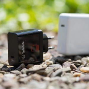 Equinux tizi Tankstelle 29W USB C Power Delivery Ladegerät im Test, das kompakte Reiseladegerät fürs MacBook!