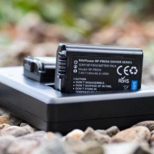 RAVPower Sony NP-FW50 Akkus und  Ladegerät im kurz-Test