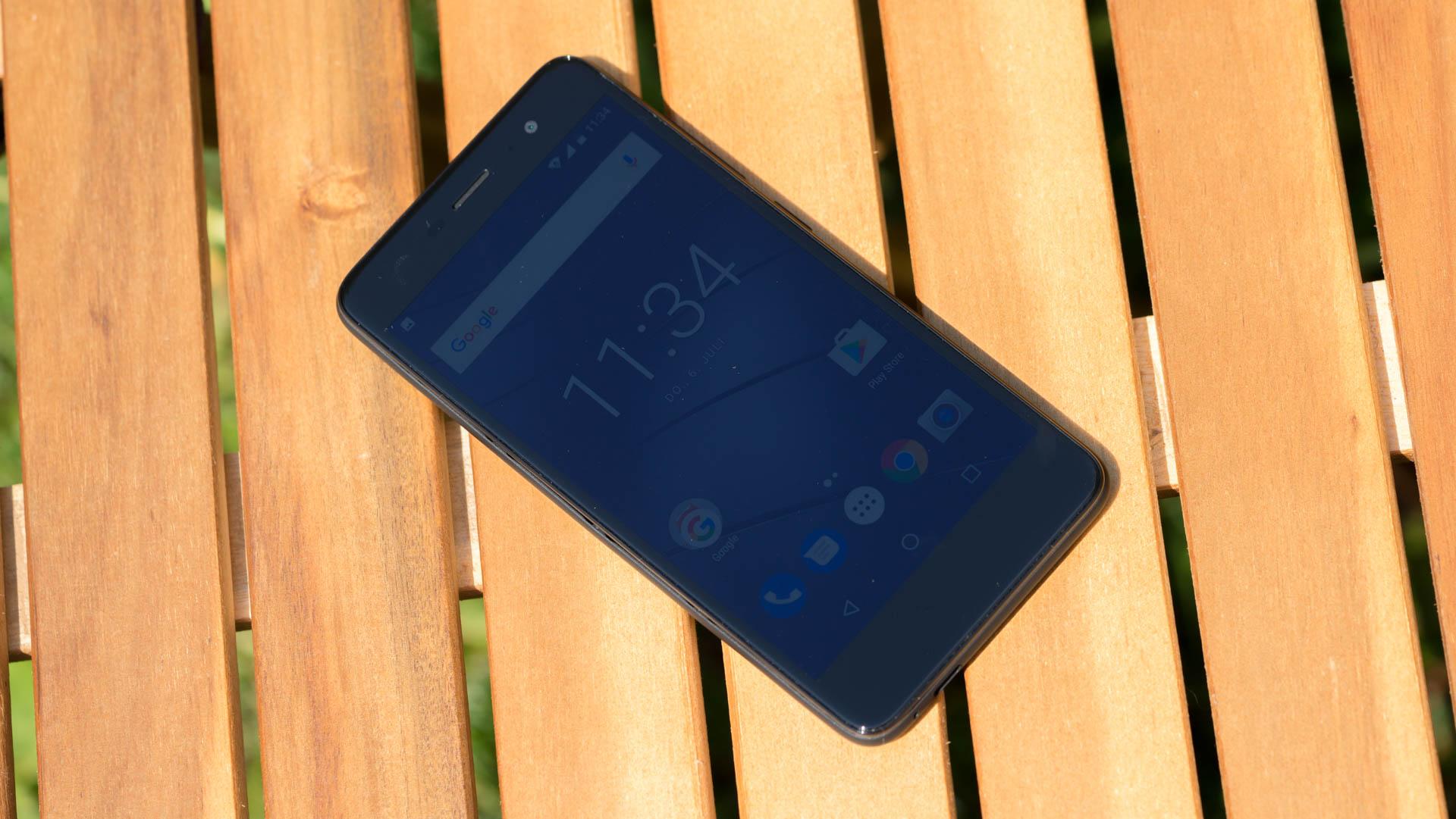 das neue gigaset gs170 im test wie viel smartphone kann. Black Bedroom Furniture Sets. Home Design Ideas
