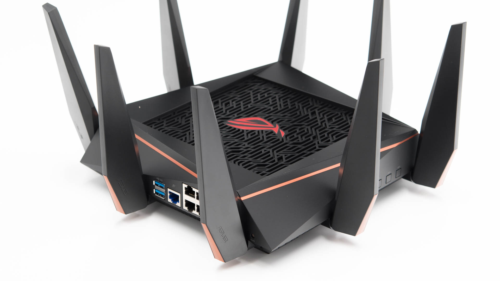 der asus rog rapture gt ac5300 im test das monster unter. Black Bedroom Furniture Sets. Home Design Ideas