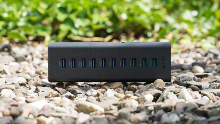AUKEY USB 3.0 Hub mit 7 Datenports und 3 Ladeports im Test
