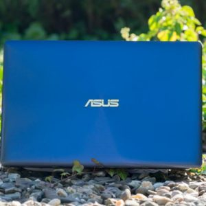 Das ASUS ZenBook 3 UX390UA im Test