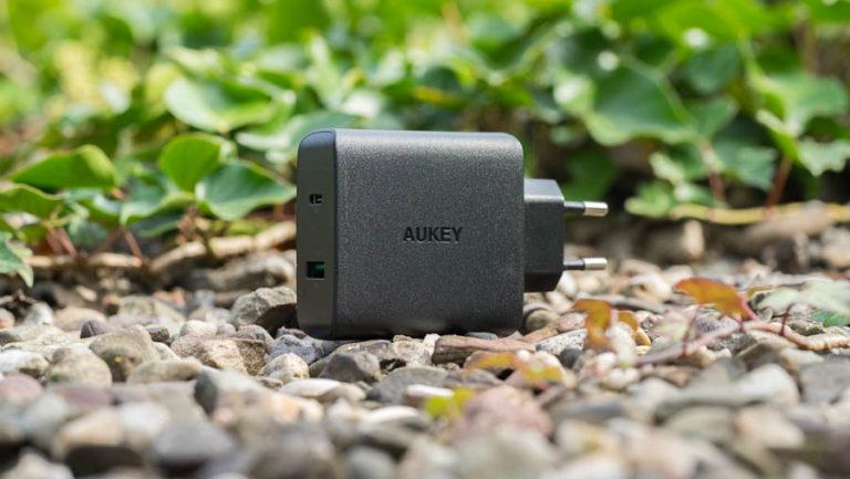 Das AUKEY PA-Y10 USB C Ladegerät mit 46W und USB Power Delivery im Test