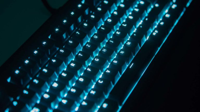 Die Razer BlackWidow Chroma V2 im Test