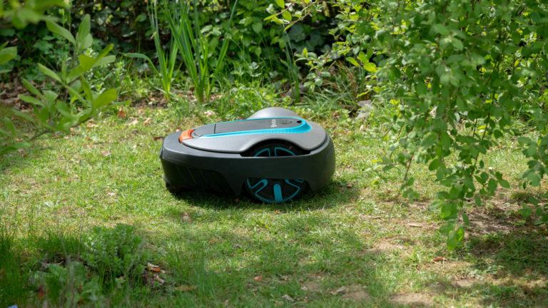 Der GARDENA smart SILENO City im Test, der perfekte Mähroboter für kleine Gärten!