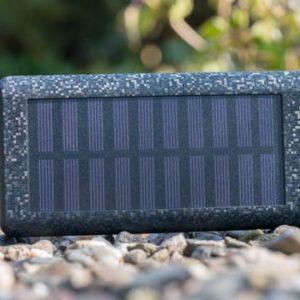 Lasst die Finger von billigen Solar Powerbanks!