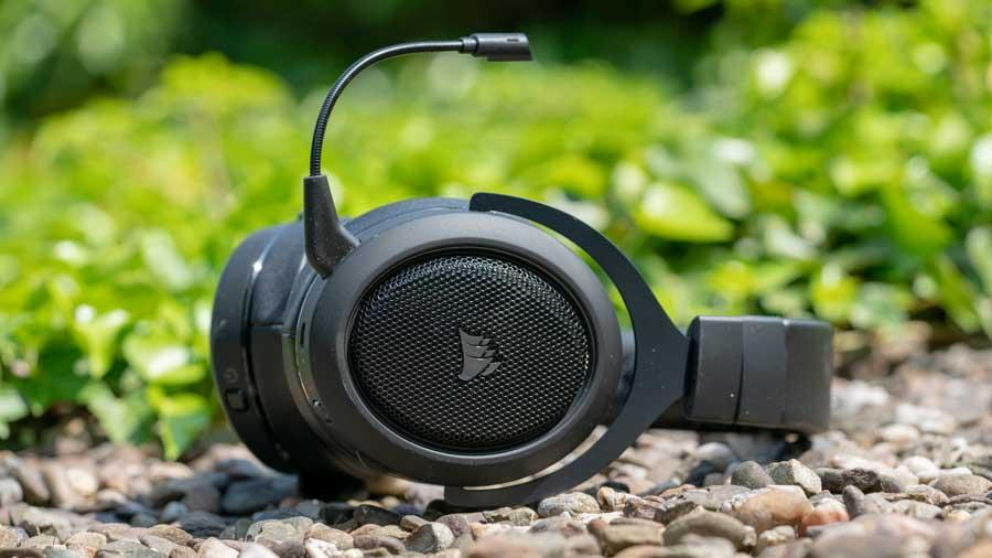 das corsair hs70 kabellose headset im test gut und. Black Bedroom Furniture Sets. Home Design Ideas