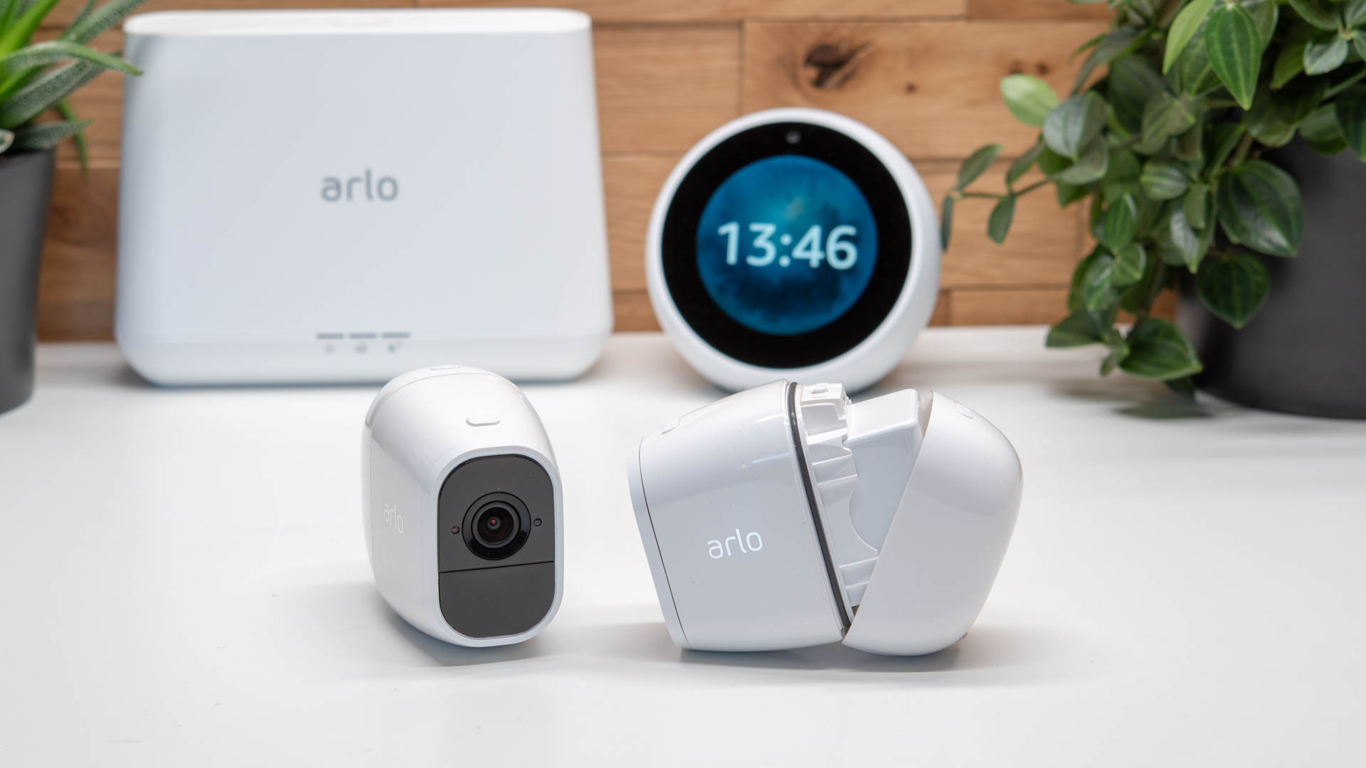 die arlo pro 2 im test die beste kabellose berwachungskamera weiterentwickelt techtest. Black Bedroom Furniture Sets. Home Design Ideas