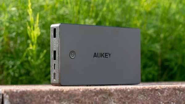 AUKEY PB-Y20 Powerbank 20000mAh mit USB Power Delivery im Test