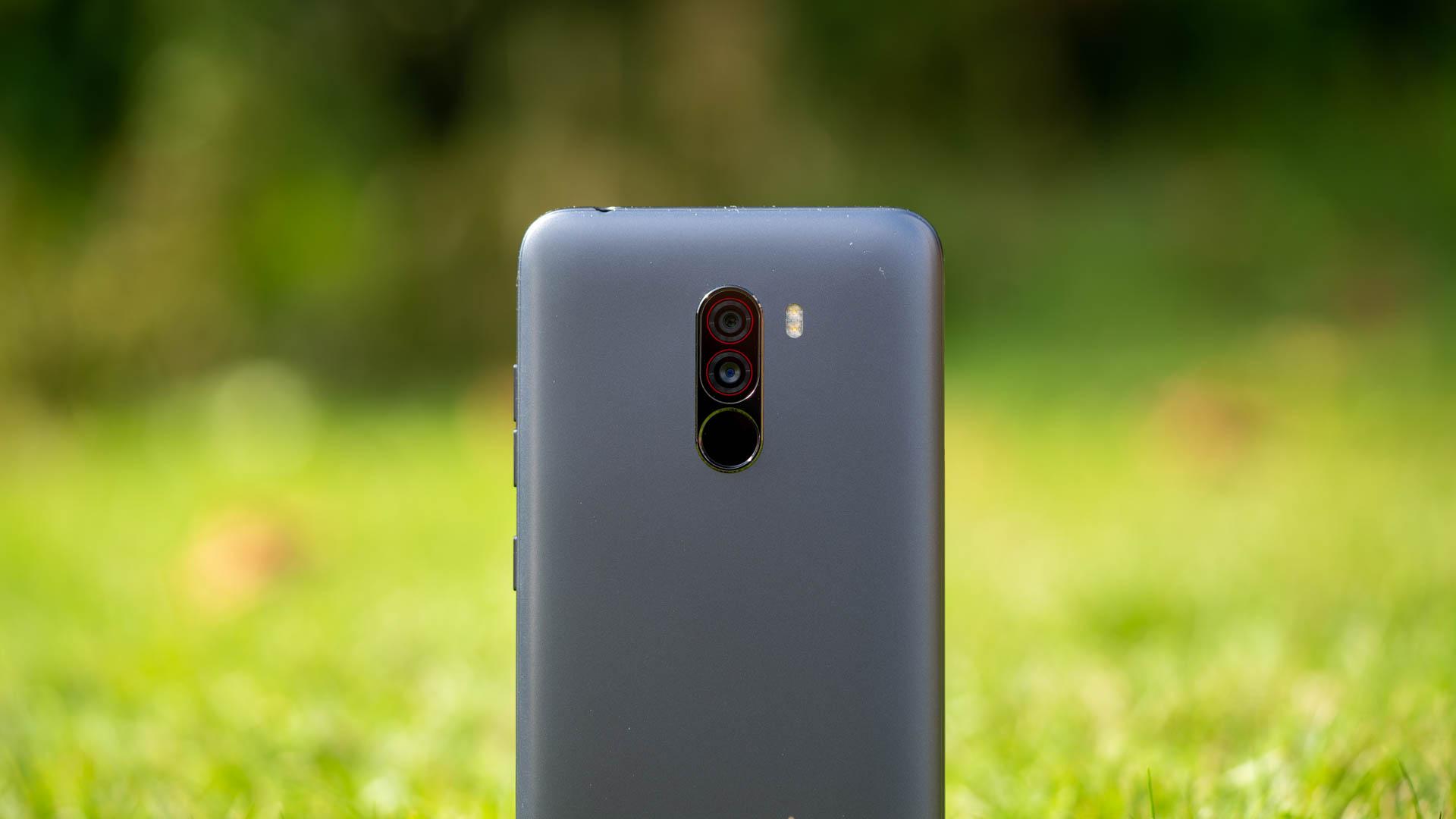 Das Xiaomi Pocophone F1 Im Test Preis Leistungs Strkste By 6gb 64gb Smartphone 2018 329 Fr Einen Snapdragon 845 Ram Und Eine Gute Kamera Techtest
