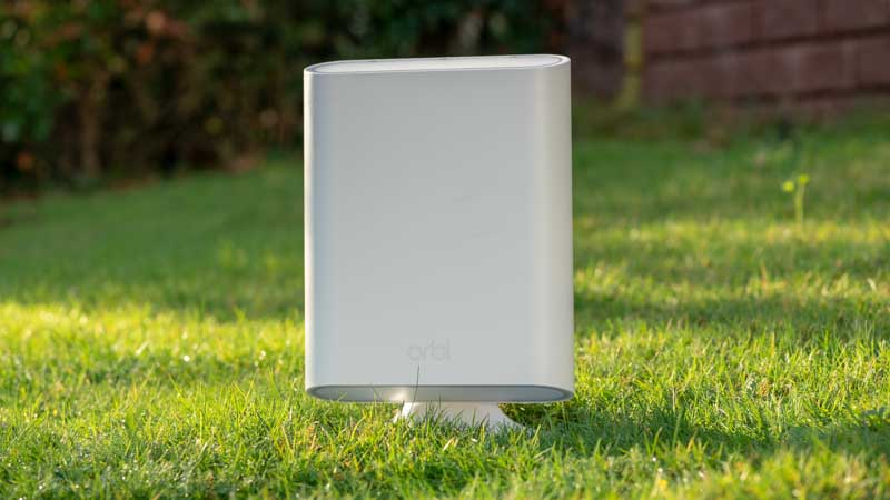 der netgear orbi outdoor im test techtest. Black Bedroom Furniture Sets. Home Design Ideas