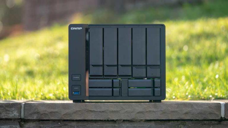 Das QNAP TS-963X-2G im Test, 10Gbit trifft auf 9 Slots und einen AMD SoC