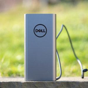 Die Dell Notebook Power Bank Plus PW7018LC mit 65W Leistung im Test
