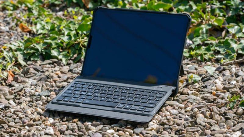 astatur Hülle für das Apple iPad Pro 11