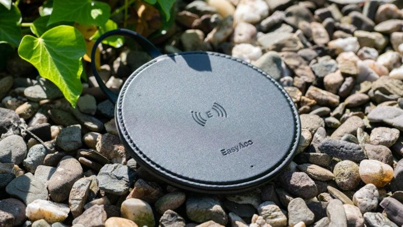 Der Easyacc Wireless Charger 10w Aus Handgearbeiteten Pu Leder Test 6