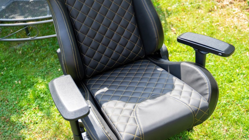 Tesoro Zone X Gaming Chair Im Test 18