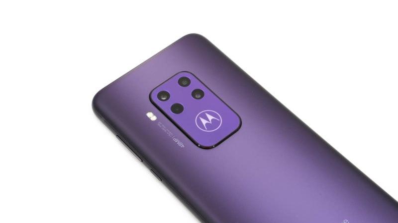Test Motorola One Zoom 3