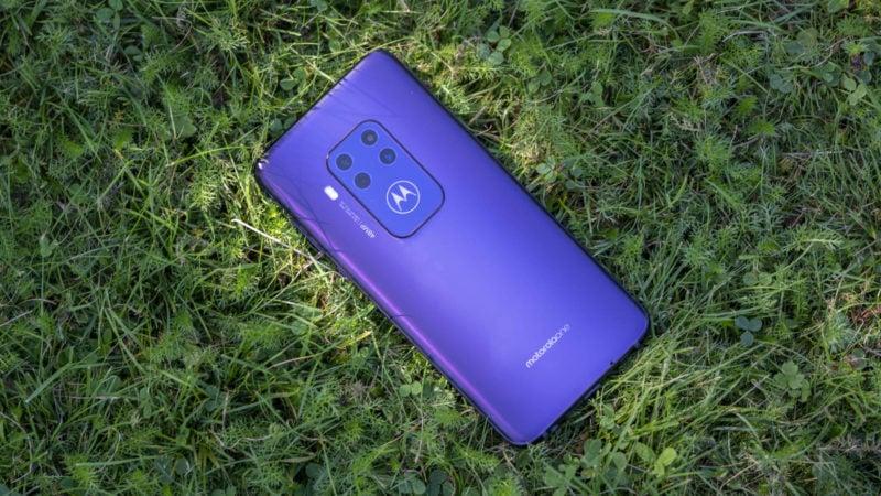 Test Motorola One Zoom 7