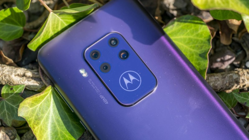Test Motorola One Zoom 9