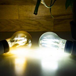 Die erste Filament LED Lampe für das Philips Hue System im Test
