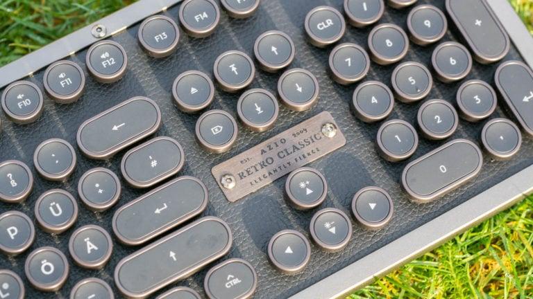 Die AZIO Retro Classic BT Tastatur im Test