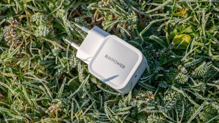 Das RAVPower USB C Ladegerät 30W mit GaN-Technologie im Test