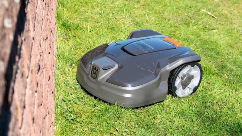 Husqvarna Automower 305 (2020) Test Review 13