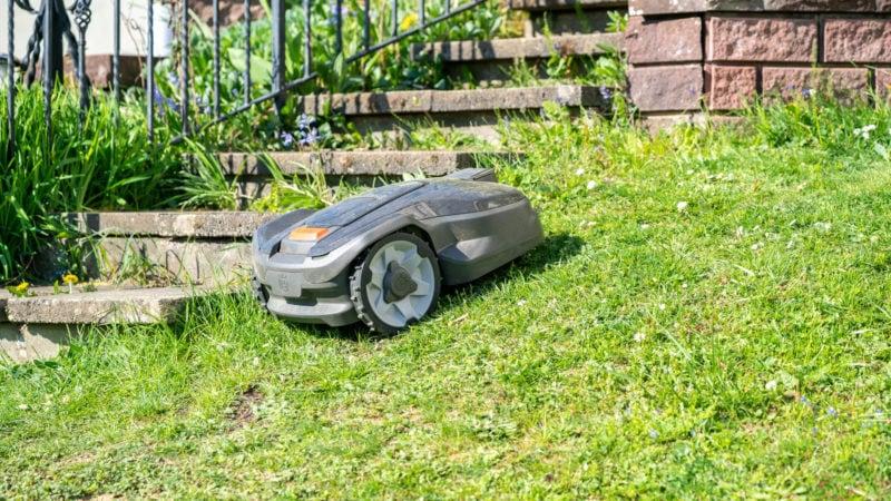 Husqvarna Automower 305 (2020) Test Review 16