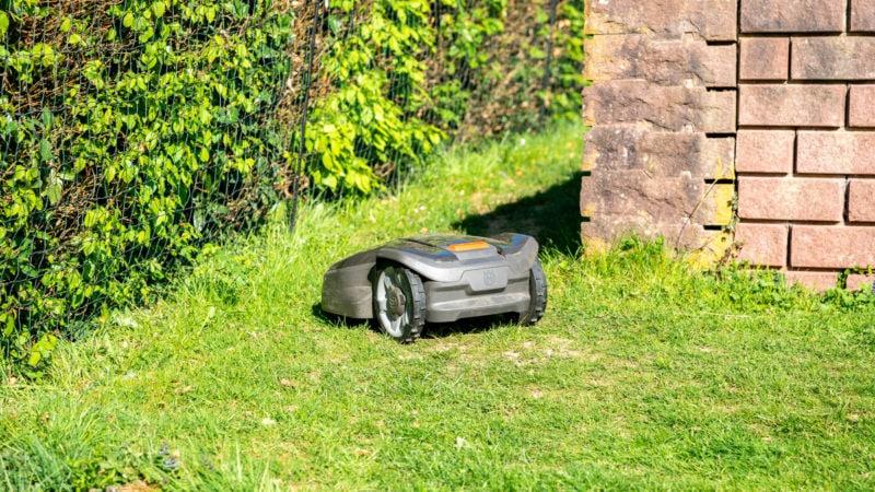 Husqvarna Automower 305 (2020) Test Review 18