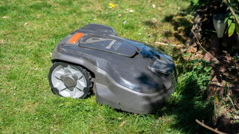 Husqvarna Automower 305 (2020) Test Review 21