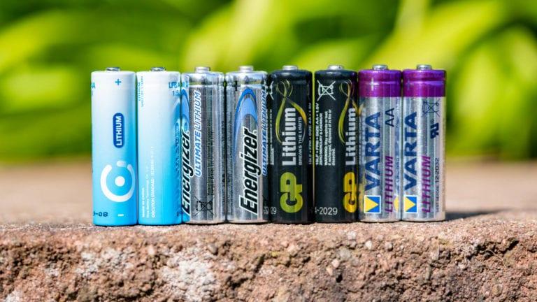 4x Lithium AA Batterien von Energizer, VARTA, GP und Nice Power im Vergleich (auch zu Alkaline und NiMH)