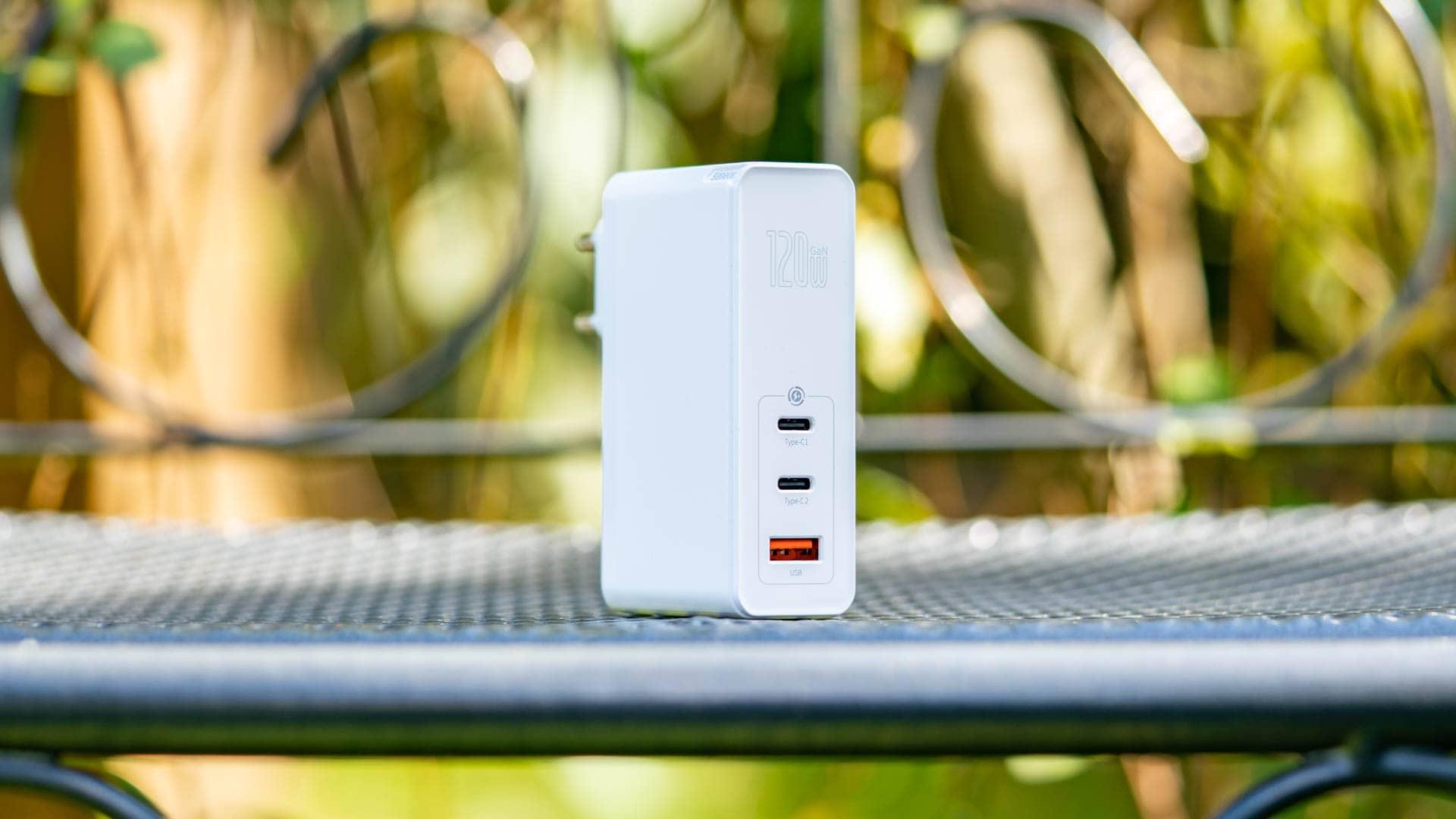 Das Baseus 120W GaN USB Ladegerät im Test, kompakt, leistungsstark, günstig?