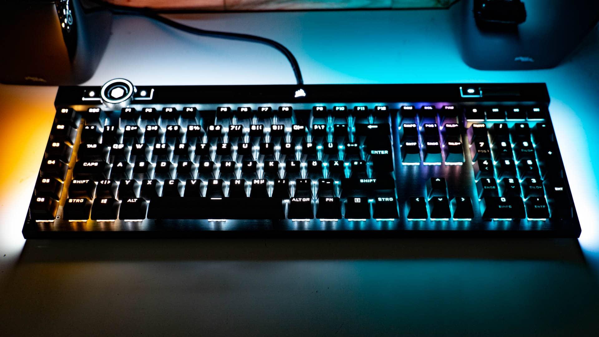 Die Corsair K100 im Test, Corsairs neue Flaggschiff Tastatur für das Jahr 2020!