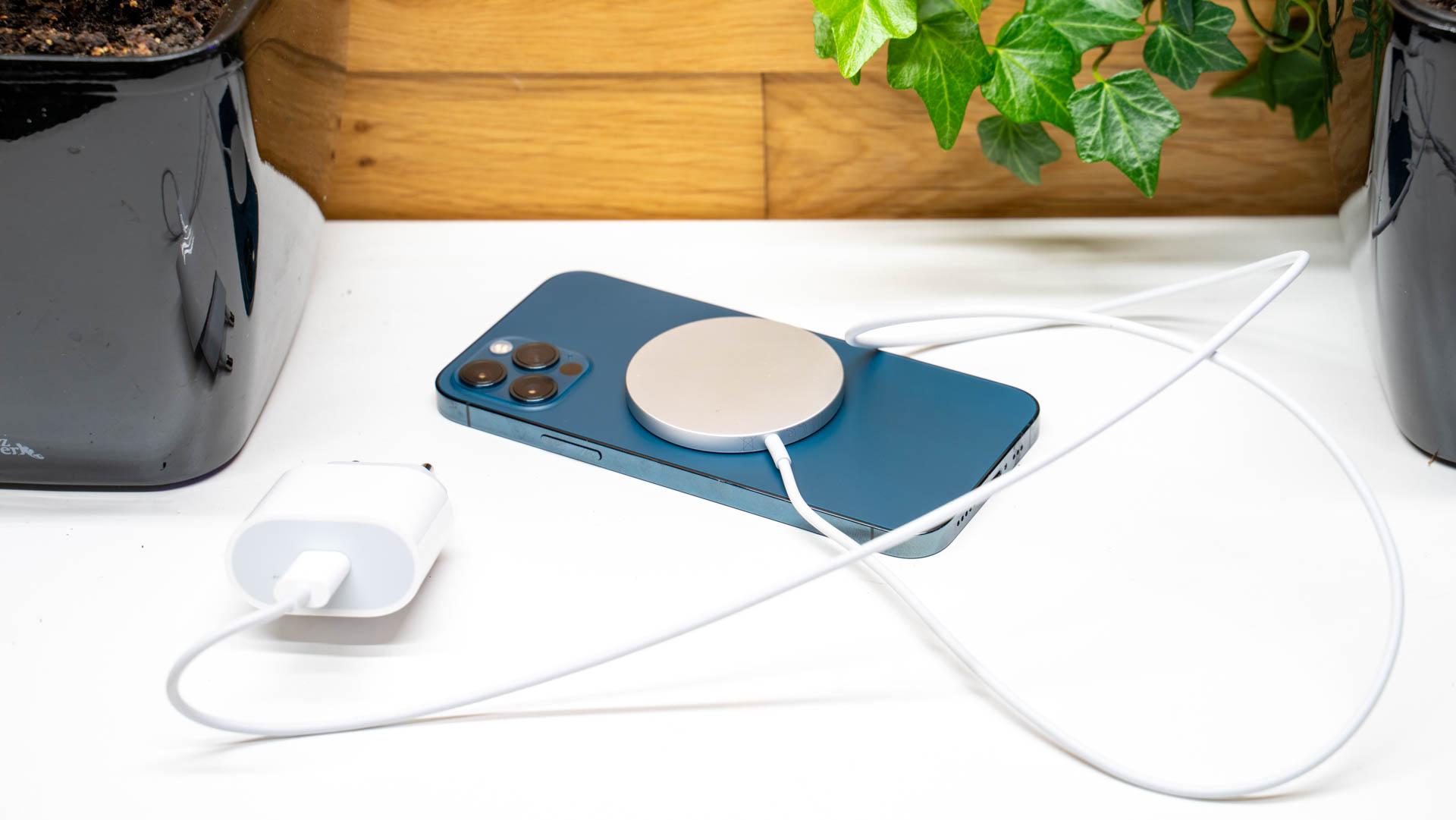 MagSafe Ladegerät für das iPhone 12 Pro, Fragen, Antworten und Test