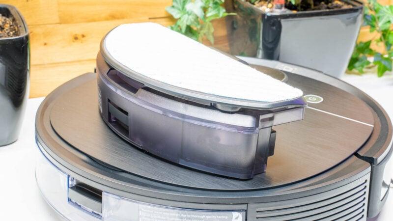 Ecovacs Robotics Deebot Ozmo T8 Aivi Test Review 13